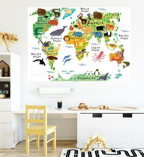Animal World Map Poster P1